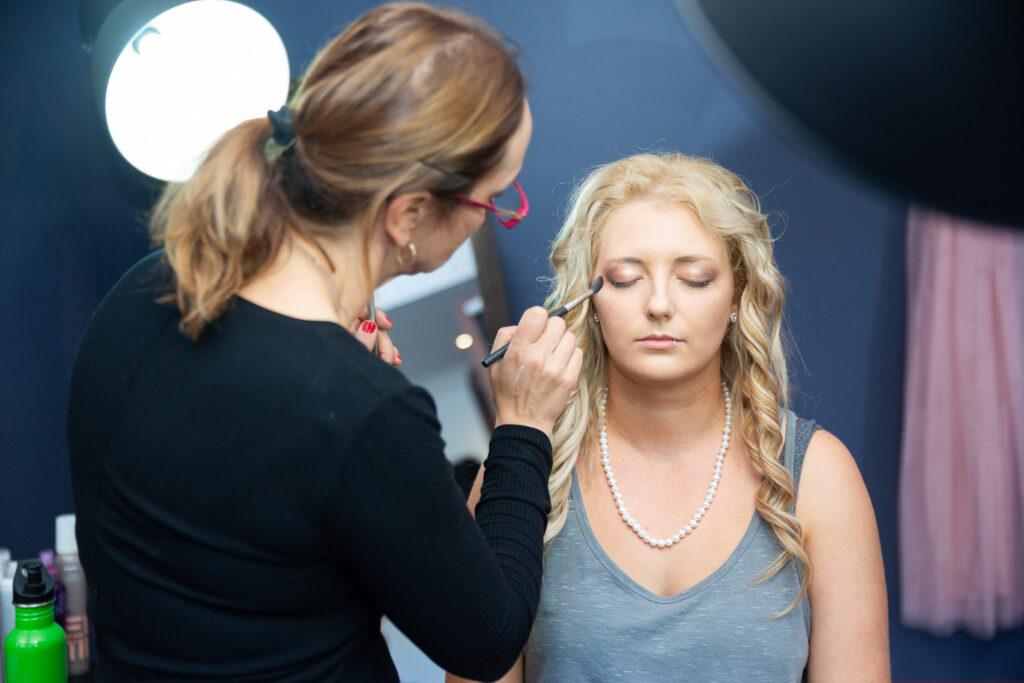 mobile makeup artist working